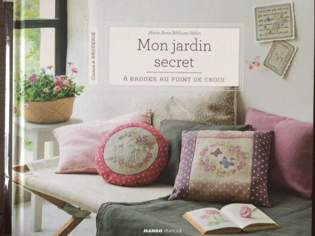 453)Motifs des Iles 傷ありお値引き商品