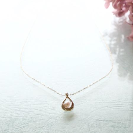 [四季6] アコヤ真珠のドロップネックレス