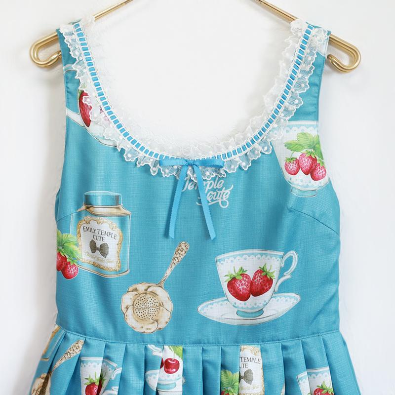 Dessert cupノースリーブワンピース(Dessert cup sleeveless dress)