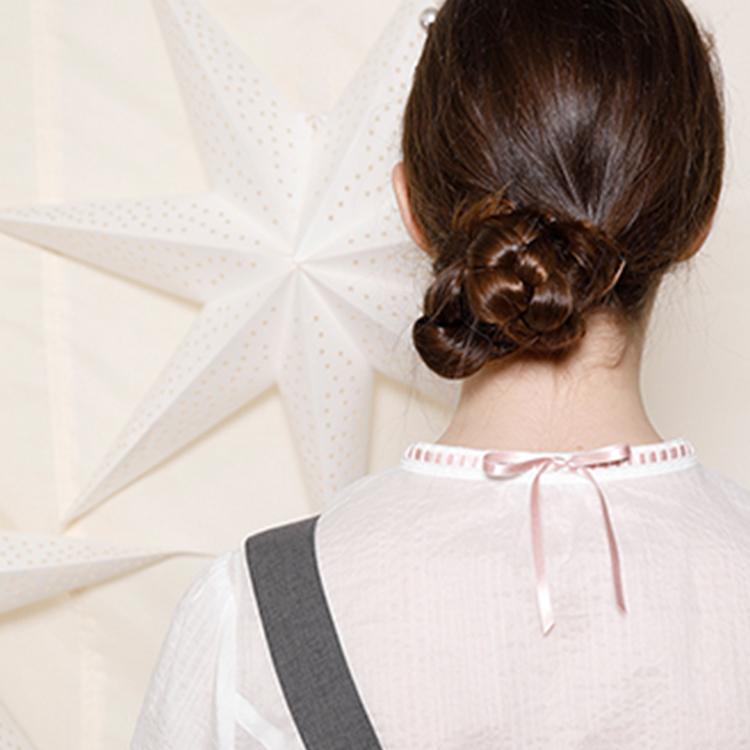 ミラクルウェーブブラウス (Miracle web blouse)