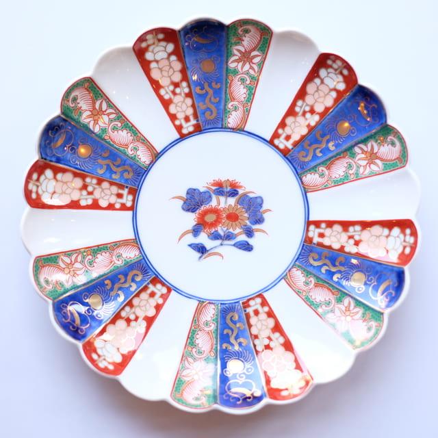 波佐見焼 見込菊花紋 6号皿