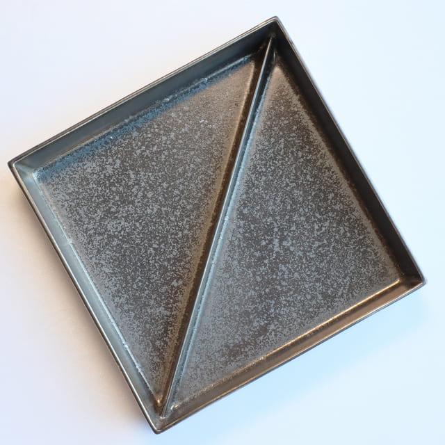 【ご予約品 12月お届け】有田焼李壮窯 マンガン釉 銀彩二段重