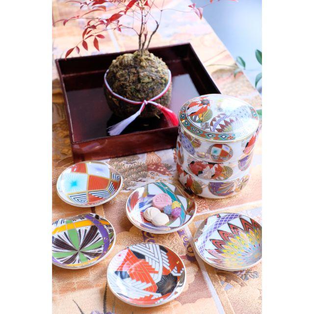 日本製金彩 色絵手毬  三段重