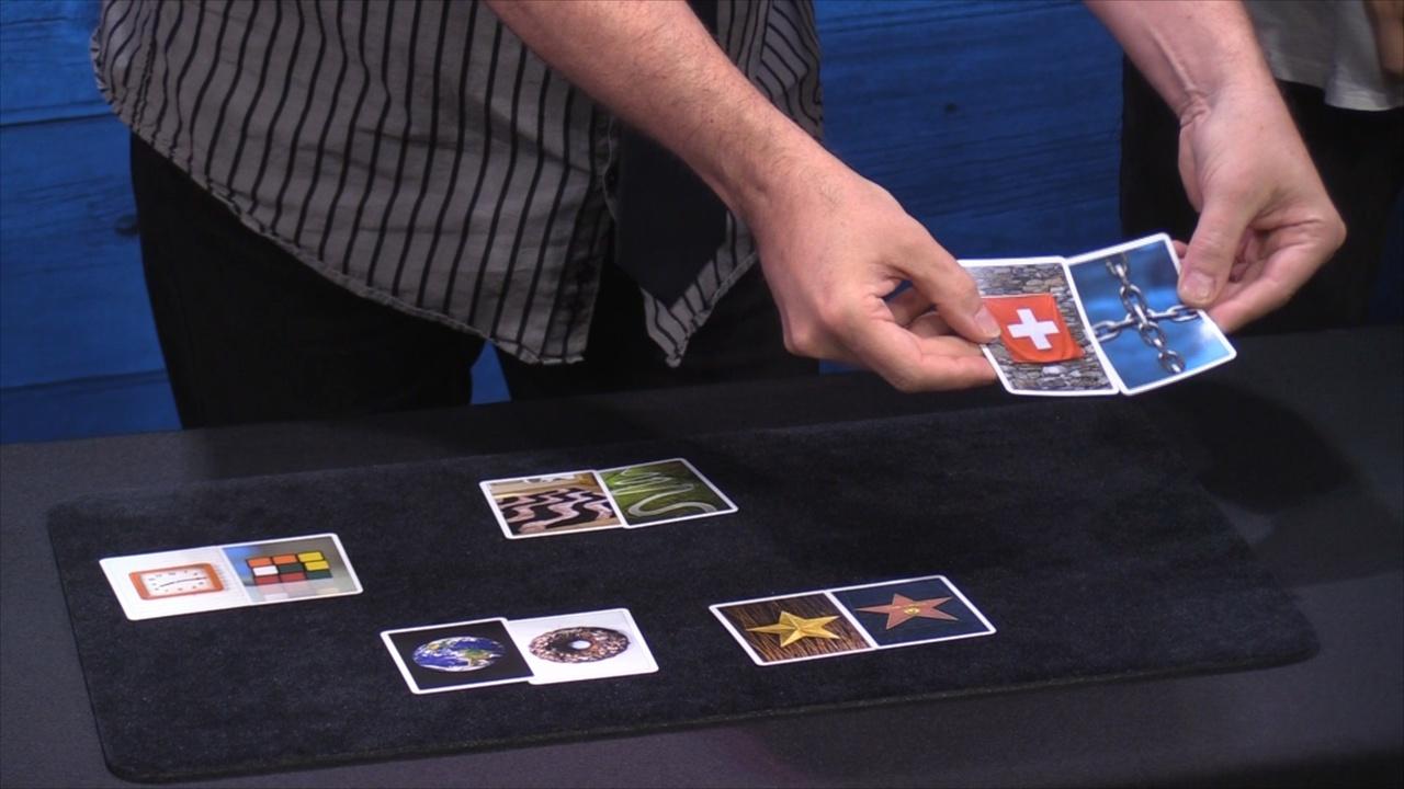 スナップス(写真カードに隠された秘密)