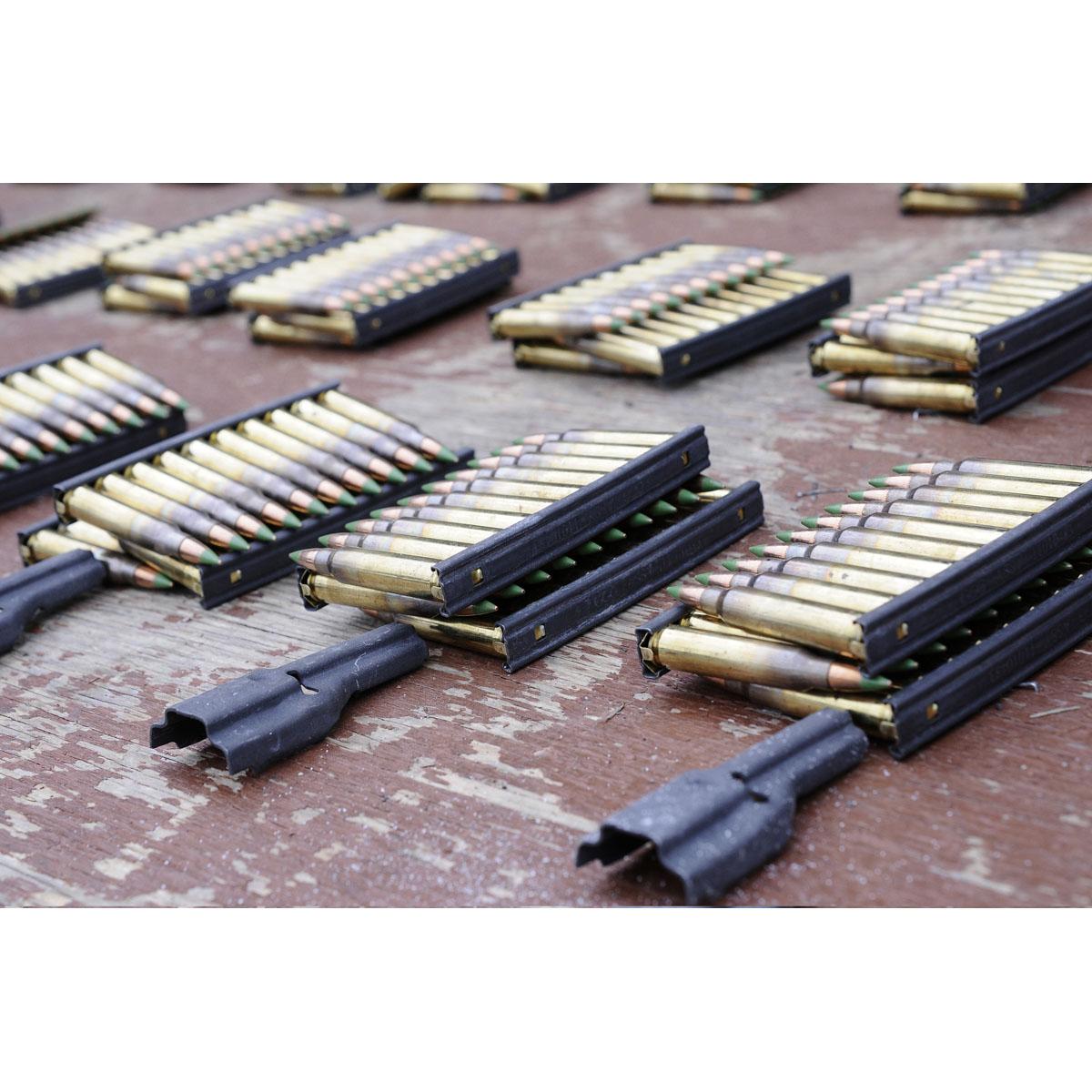 15111277 米軍スタイルの名小道具!! 米軍官給品 5.56mm 10rd アモクリップ専用スピードローダー *スプーン