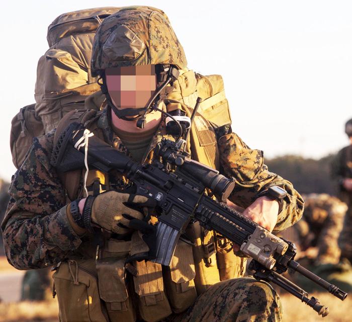 14043887 激レア!! 米軍放出品 EAGLE社製 FSBE RRV ローデシアンレコンベスト