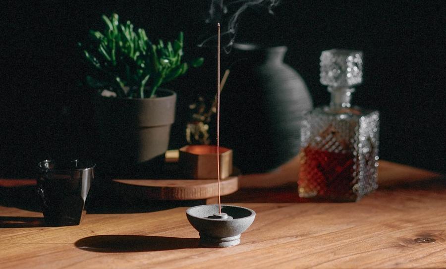 Misc. Goods Co. Underhill インセンス ホルダー お香 Incense holder Lava Rock (溶岩)アメリカ製 プレゼント ギフト インテリア ユニセックス