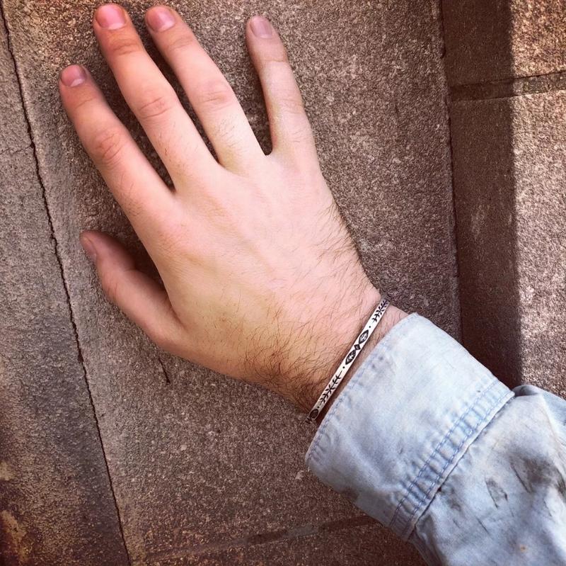 LHN Jewelry(エルエイチエヌ ジュエリー) 米国製 ハンドメイド スターリングシルバー バングル カルペディエム ユニセックス Carpe Diem Cuff Silver
