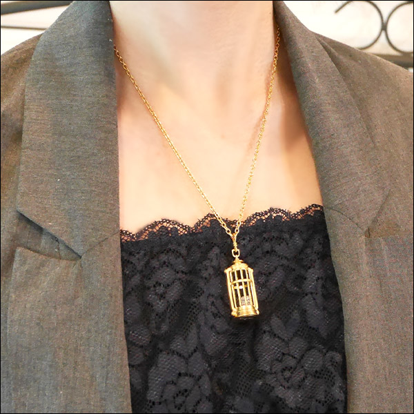 【ロード・エルメロイ�世の事件簿-魔眼蒐集列車Grace note-】アッドモチーフペンダント