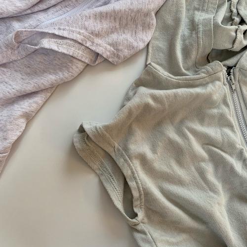 sleeveless hoodie