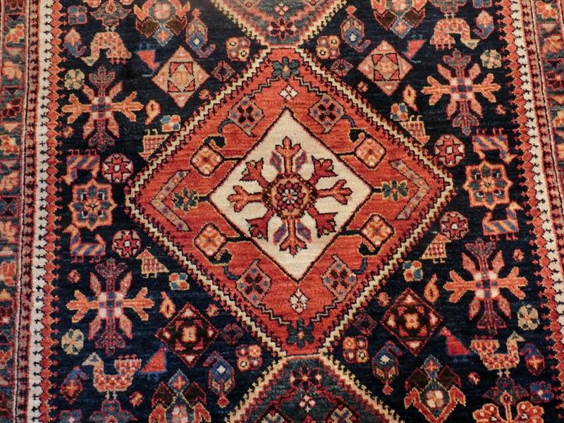リビングサイズ(S) シラーズ産ペルシャ絨毯