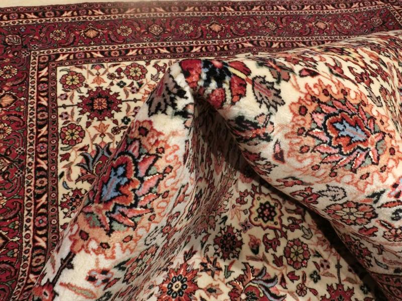 リビングサイズ(S) ビジャー産ペルシャ絨毯