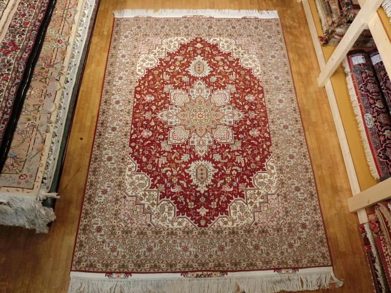 リビングサイズ(M) タブリーズ産ペルシャ絨毯
