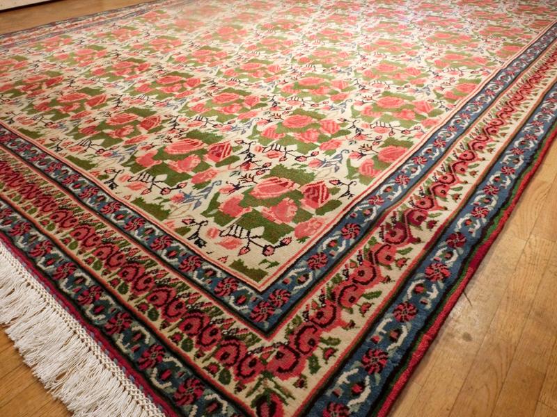 リビングサイズ(L)サナンダージュ産ペルシャ絨毯