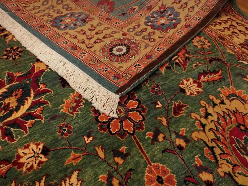 リビングサイズ(L) ヘリス産ペルシャ絨毯