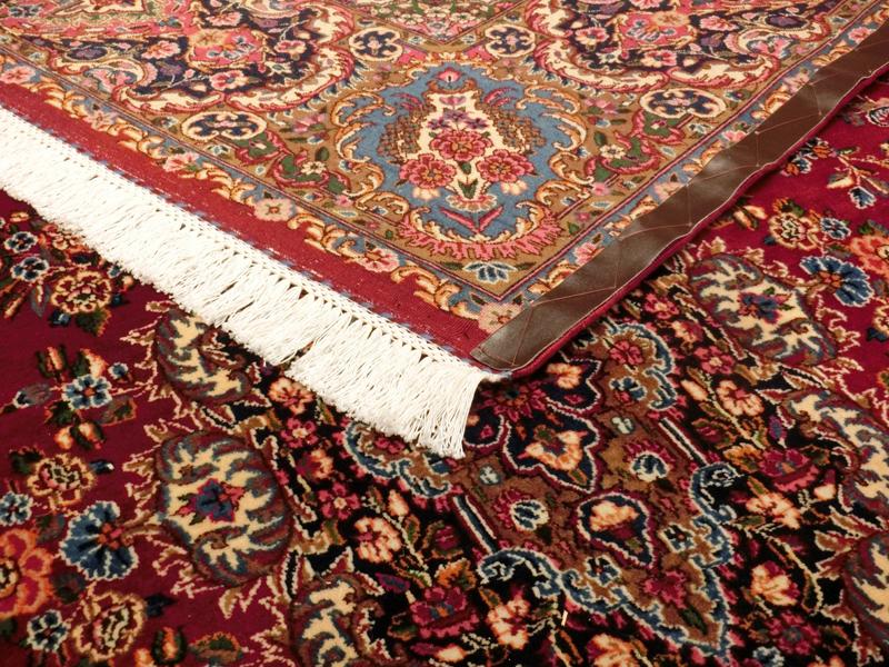 リビングサイズ(L) ビルジャンド産ペルシャ絨毯