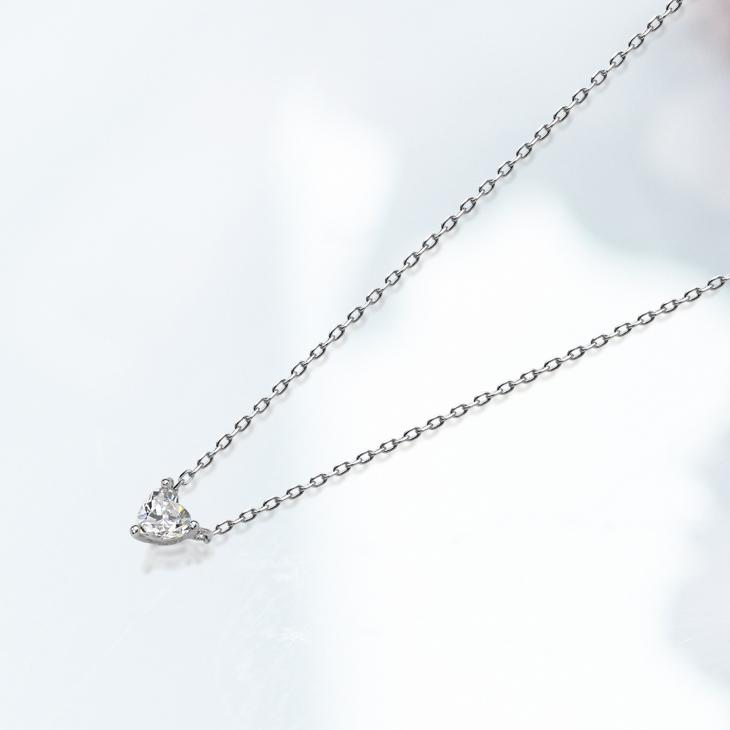 【EVER BRILLIANCE】ハート1粒ネックレス(スワロフスキージルコニア・0.38カラット)