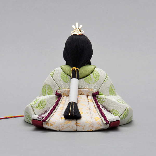 悠久雛(ゆうきゅうびな) 黄櫨染(こうろぜん)
