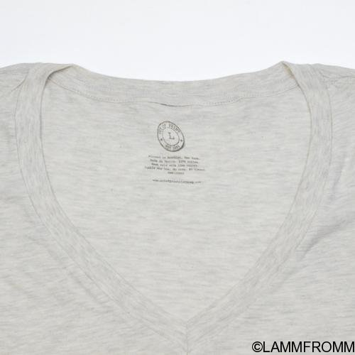 "Out of Print 女性用 Tシャツ [ ヴァージニア・ウルフ ""灯台へ"" ]"