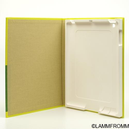 """Out of Print iPadカバー [ライマン・フランク・ボーム """"オズの魔法使い""""]"""