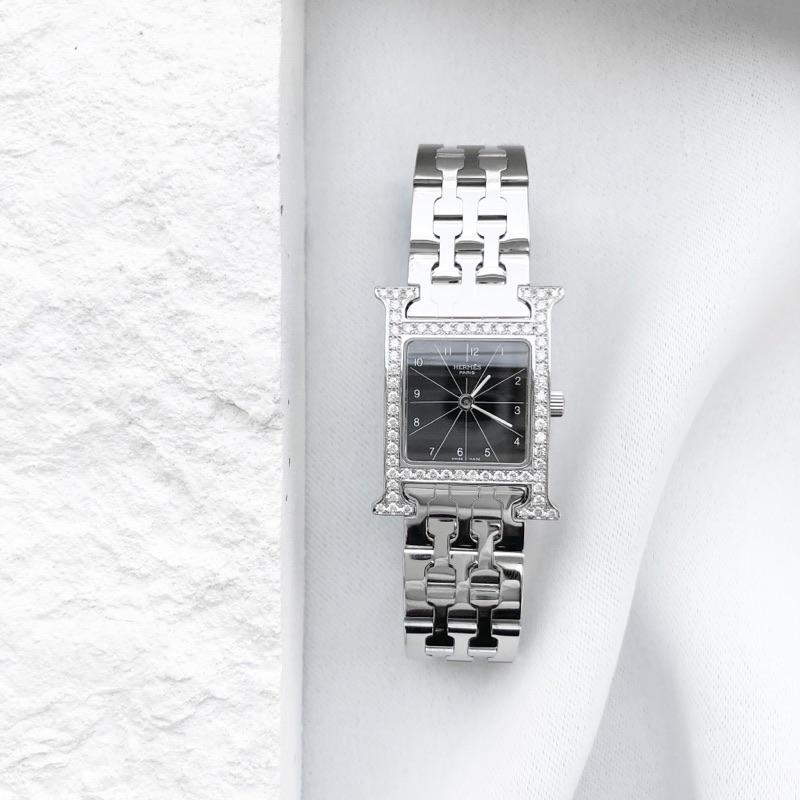 HERMES / Hウォッチ 黒文字盤 ブレス ダイヤ