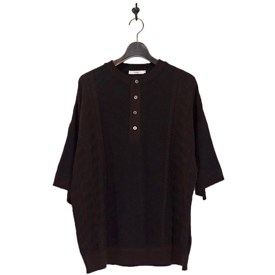 YASHIKI(ヤシキ) | Komorebi Henley Knit (コモレビヘンリーニット) - BROWN