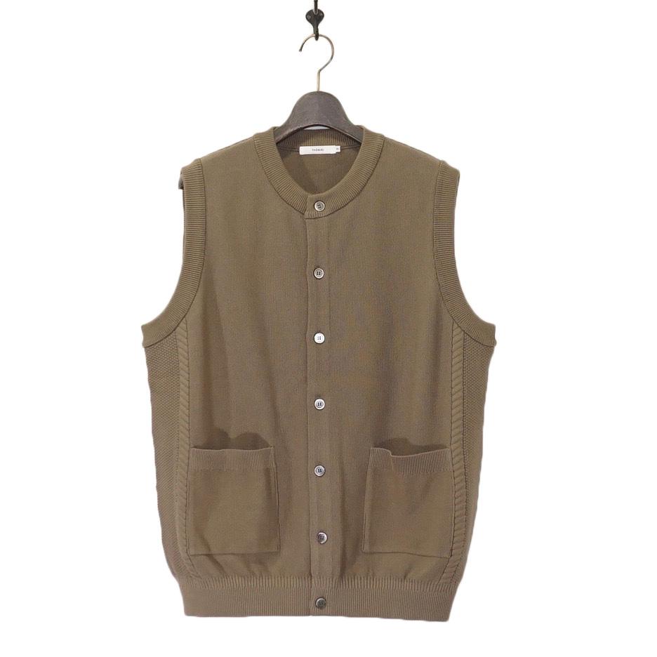 YASHIKI(ヤシキ)   Mizuoto Knit Vest (ミズオトニットベスト) - KHAKI BEIGE