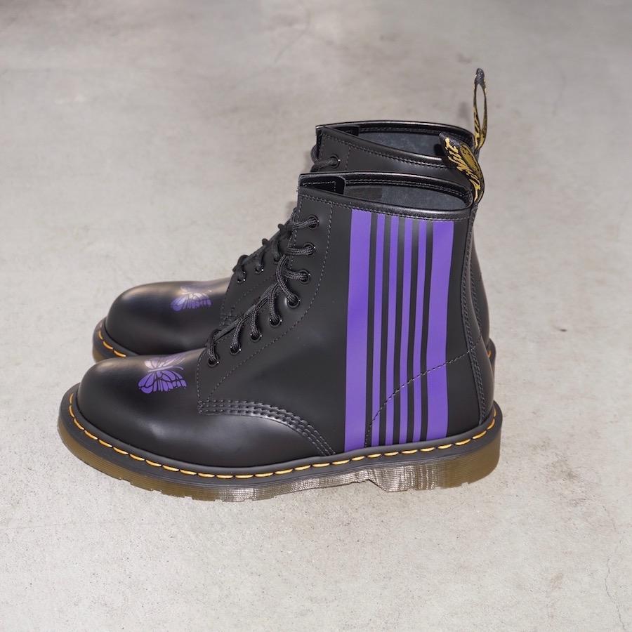 Needles × Dr. Martens (ニードルズ × ドクターマーチン) | Needles Special 8 Holes Stripe Boot ニードルス スペシャル8ホールストライプブーツ) - Black