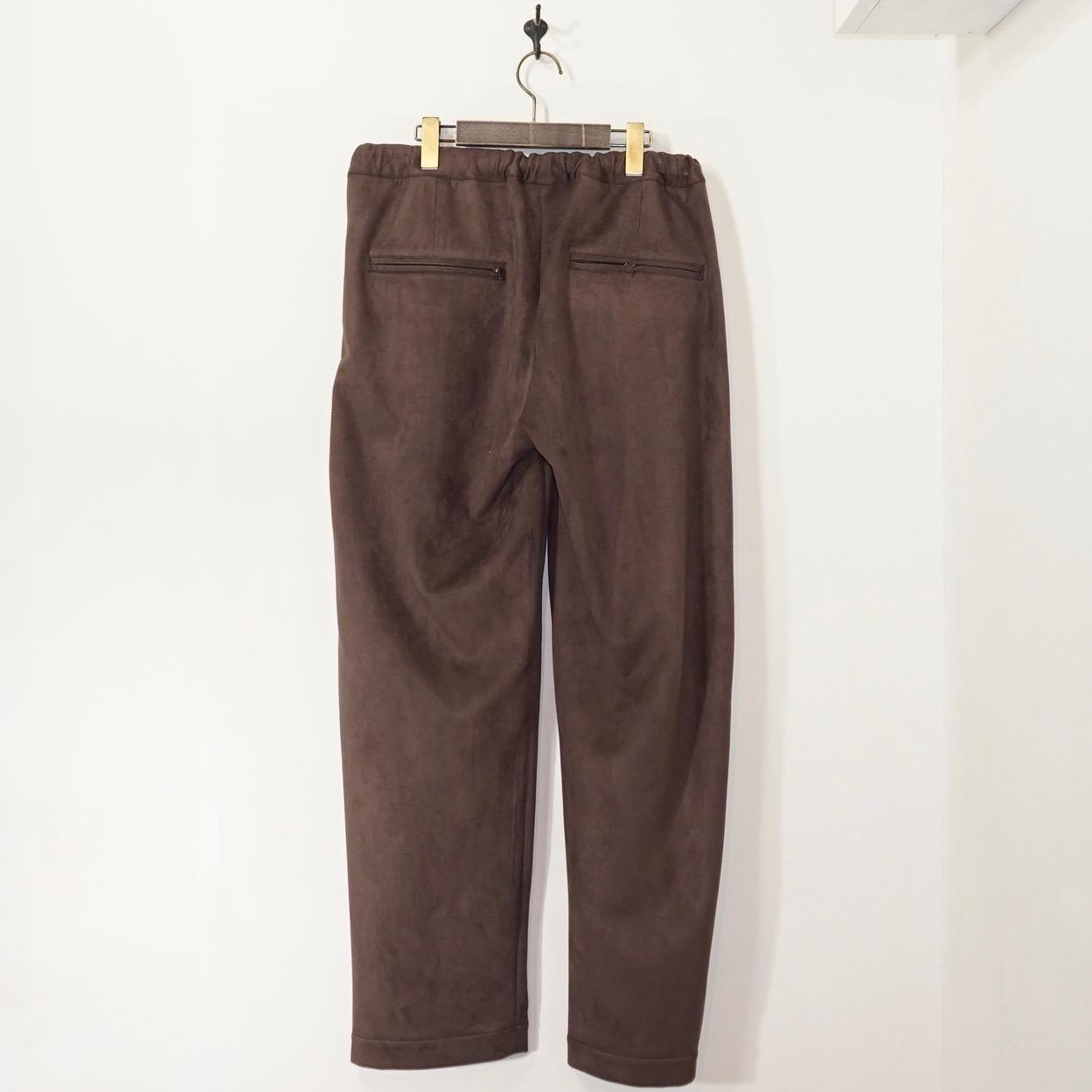 Sasquatchfabrix.(サスクワァッチファブリックス) | FAKE SUEDE TRAINING PANTS (フェイクスェードトレーニングパンツ) - BROWN