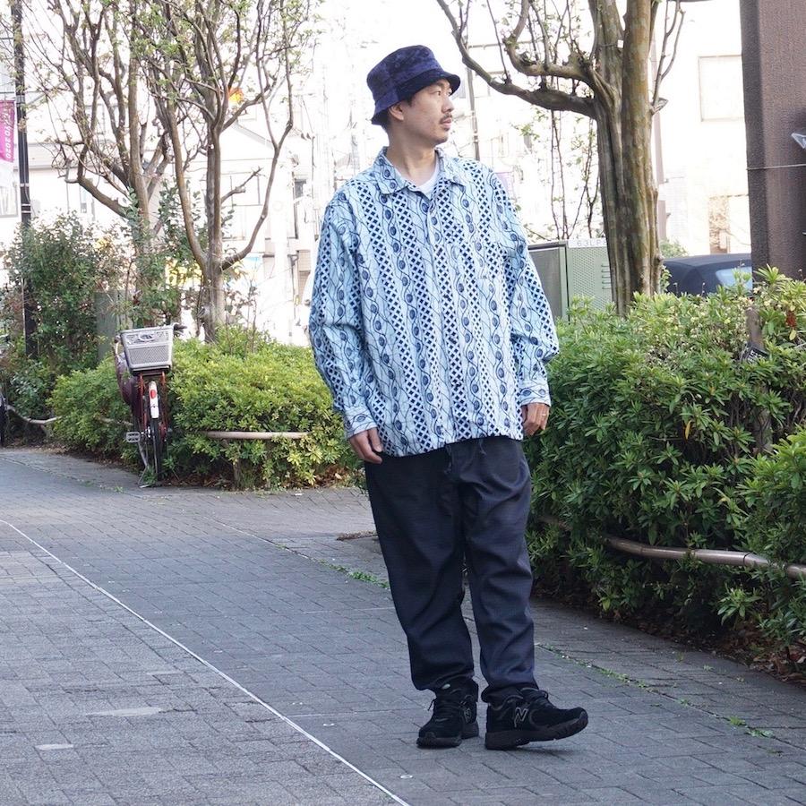 AiE(エーアイイー) | COACH SHIRT - HORIZONTAL BATIK STRIPE (コーチシャツ - バティックストライプ) - LT BLUE / NAVY