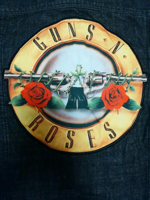 【在庫有り】GUNS N' ROSES -ガンズ・アンド・ローゼズ-  CROSS 「クロス」 デニム・ジャケット Sサイズ