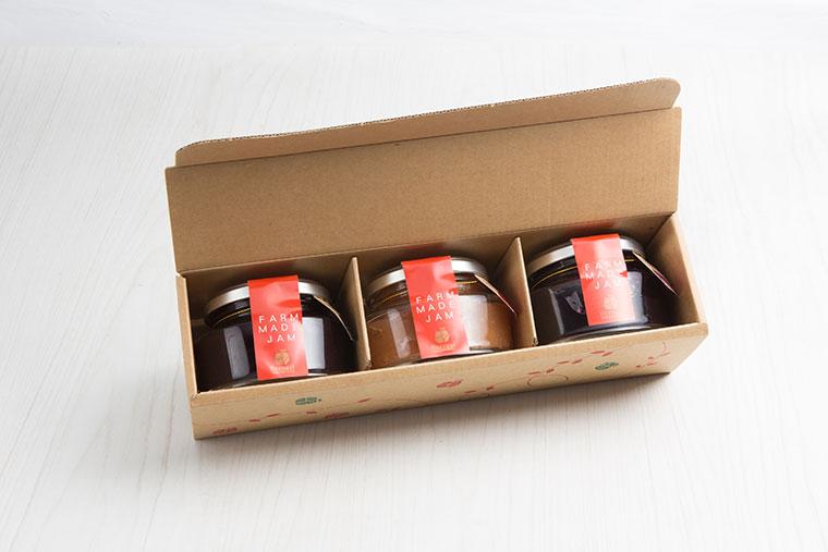 農園の手作りジャム 3個セット(りんご、イチゴ、ハスカップ、ブルーベリーから選択可能)
