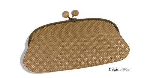 【アインソフ Ain Soph ロングウォレット】ころんと木製の飾り、大きながま口でクラッチバッグみたい。ふっくらやわらかい手触りのステアレザーに、メタリックドットプリントがかわいい長財布。しっとり牛革の素材感がたまらない。「DA962-PLK」