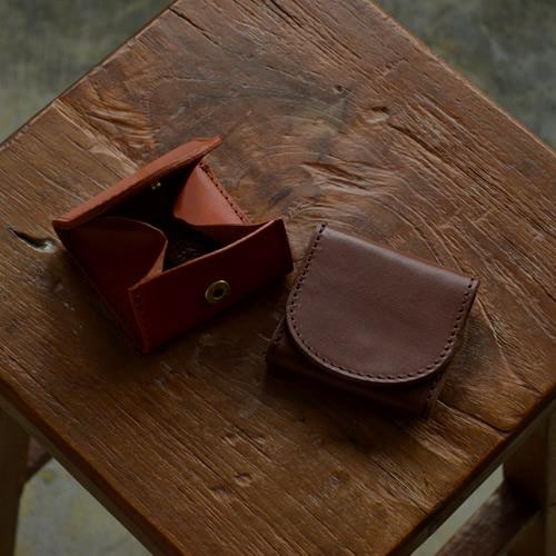 【小銭入れ 日本製 栃木レザー】『pot -ポット-』箱のように大きく開いて中が見やすいシンプルデザインの小銭入れ、ぬくもり感じるハンドメイド、ナチュラルで心地いい牛革の手触り、7色のいい色選べる コインケース 小銭入れ 栃木レザー 本革 牛革【U】
