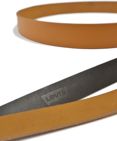 【Levi's リーバイス】 ベルト メンズ 牛革 レザー スタンダード幅 ハーネスバックル シンプル ベーシック 35mm 35ミリ 3.5cm 幅 レザーベルト カジュアルベルト レザー デニム ジーンズ チノパン に ブラック/ダークブラウン/ブラウン belt mens
