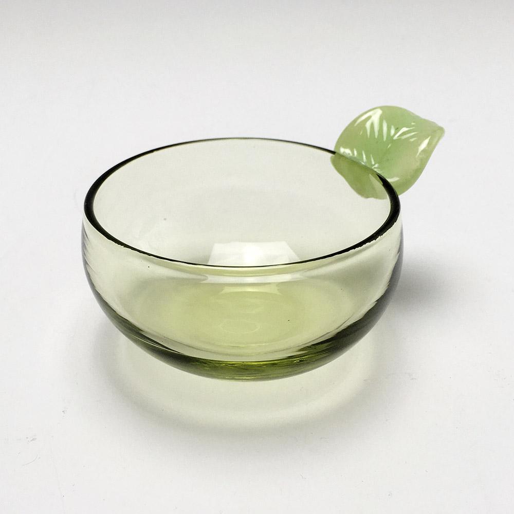 芽生え小鉢
