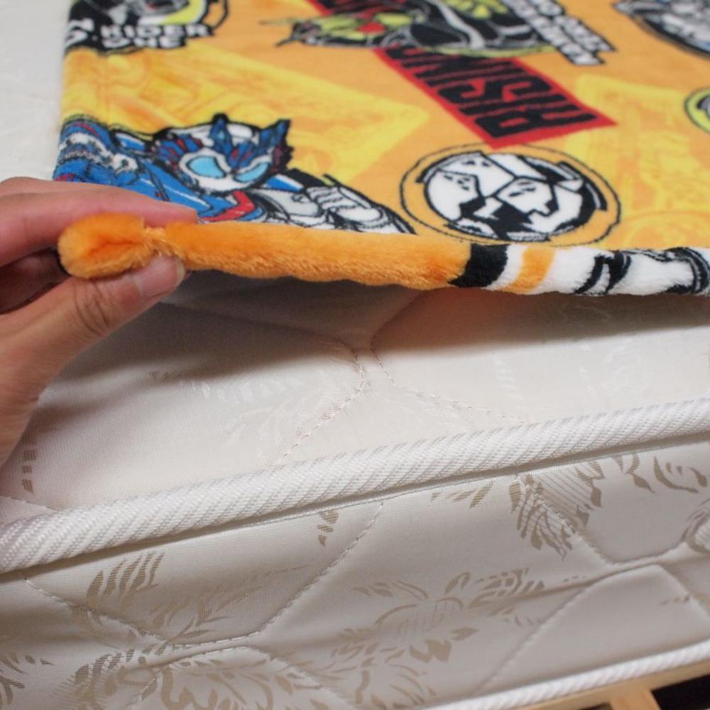 仮面ライダー ゼロワン ハーフケット毛布(フランネル) 100×140cm[TO-197706]