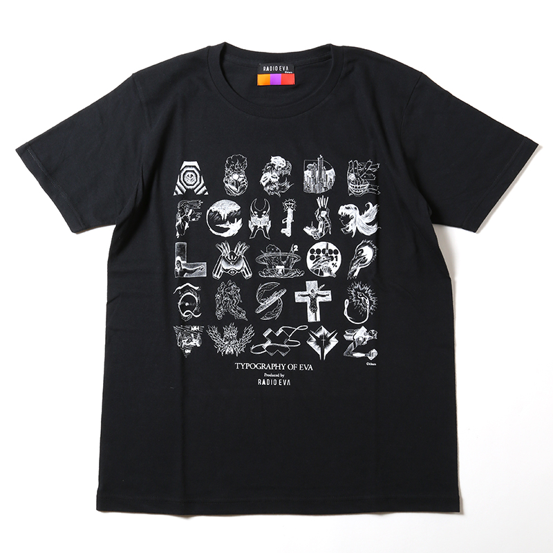 TYPOGRAPHY OF EVA index T-Shirt (ブラック)