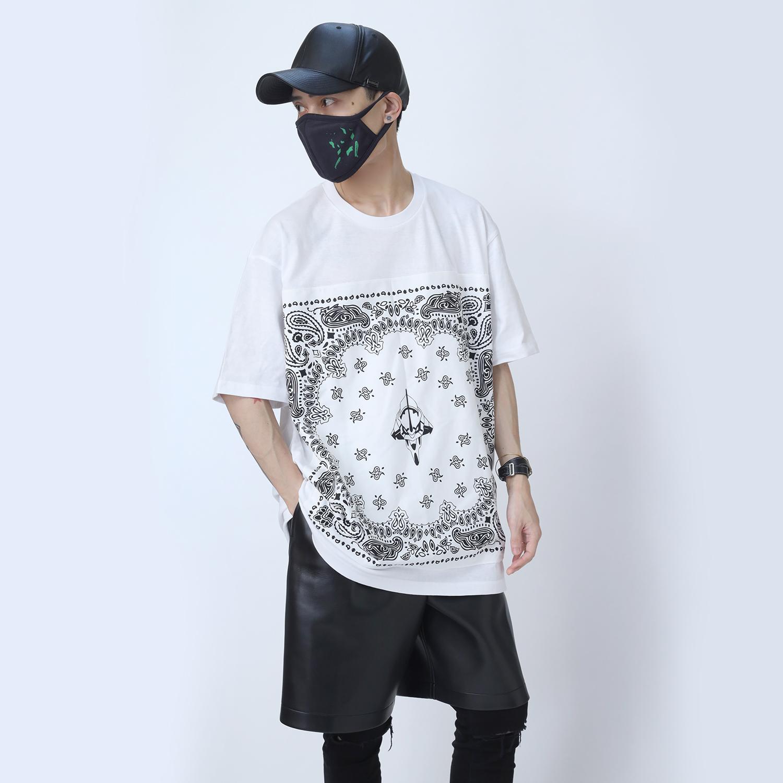 EVA-01 PAISLEYS BANDANNA T-Shirt (WHITE×WHITE)