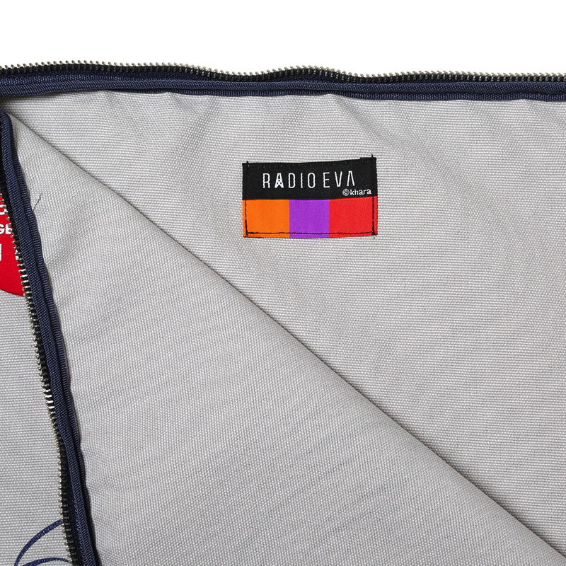 Moon Walk Canvas Clutch Bag(グレー)