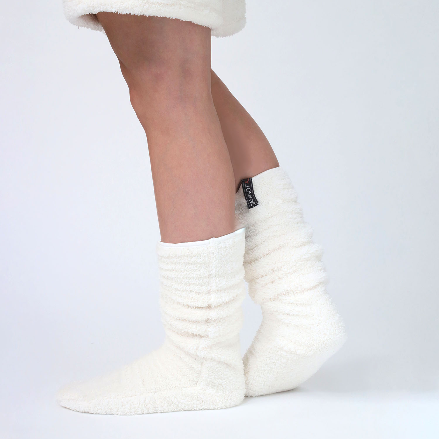CAN(NOT) Boa Fleece Socks (IVORY)