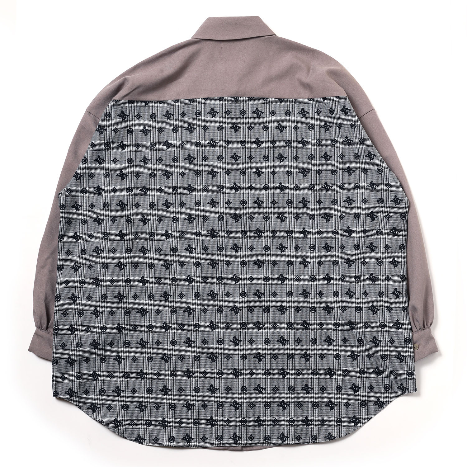 Check on EVA Monogram Shirt (BROWN)