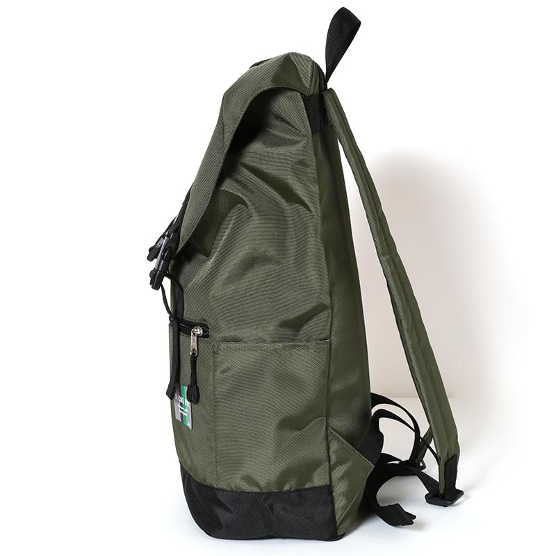 NERV Nomad Backpack(カーキ)