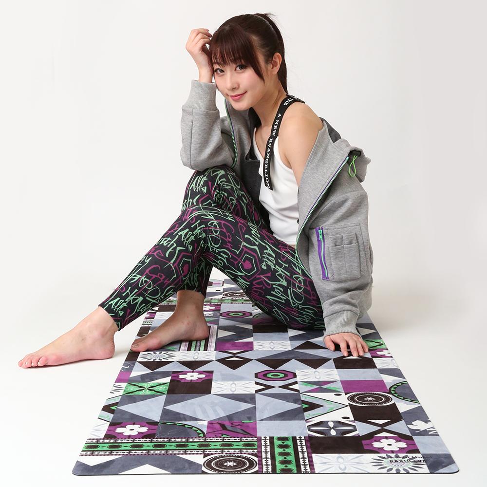 EVANGELION Yoga Mat by StyleBoatMarket (モザイク柄)
