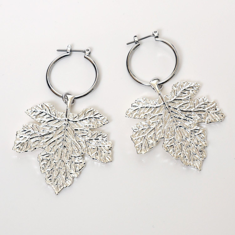NERV Fig Leaf Earrings by Ayler (SILVER) 2個セット