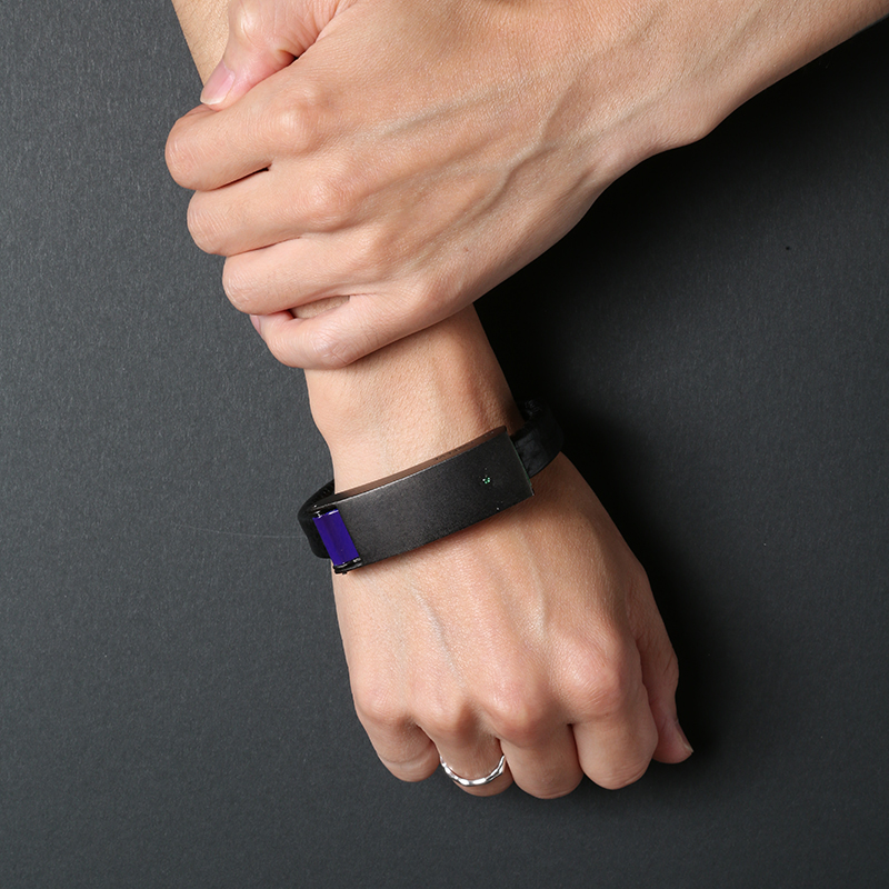 EVANGELION Lightning Cable Bracelet by RE_TWELVE (EVA-01 MODEL)