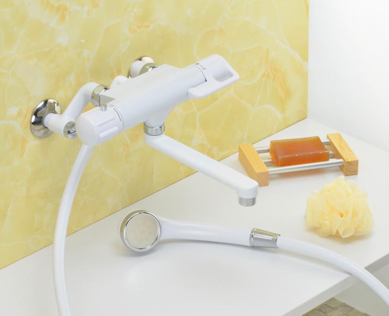 サーモスタットシャワー混合栓 浴室用水栓 (節水シャワー ホワイト シルバー)