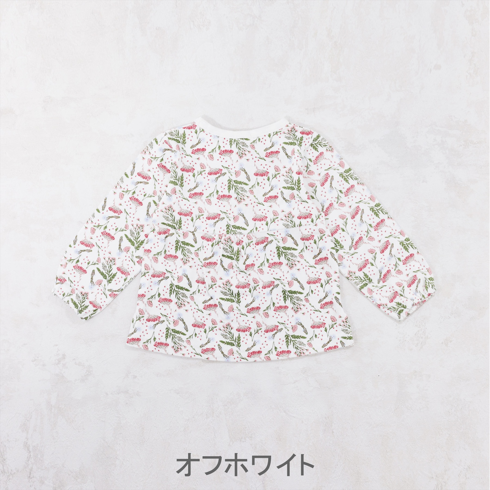 総柄プリントTシャツ