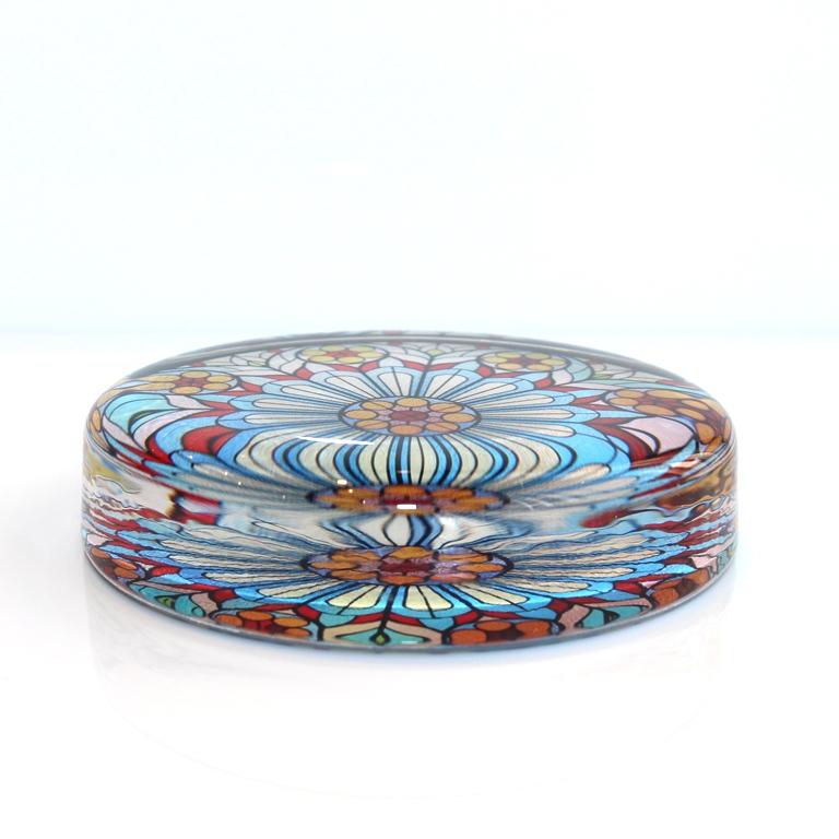 ペーパーウエイト(池袋チャペルのステンドグラス)