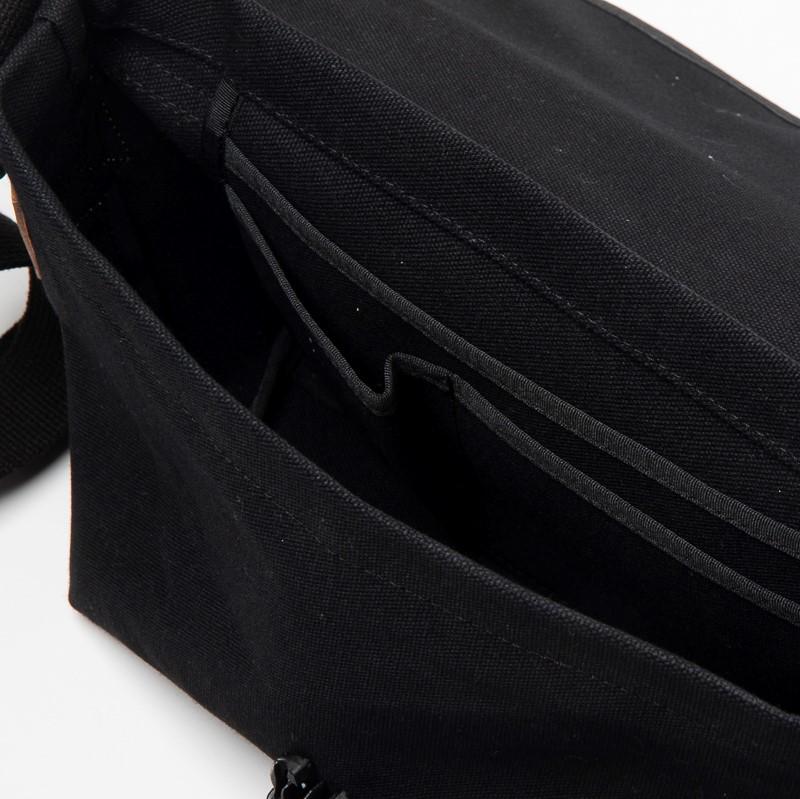 ツートンメッセンジャー S ネイビーストライプ&ブラック